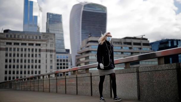 Britischer Schuldenberg wächst erstmals über zwei Billionen Pfund