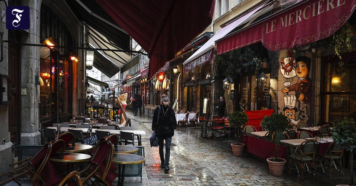 Corona-Notstand in Frankreich: Klima des Misstrauens