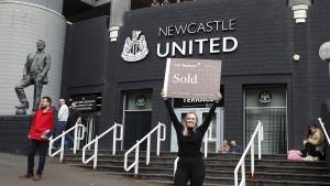Newcastle United an saudisches Konsortium verkauft
