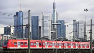 Nordmainische S-Bahn in greifbarer Nähe