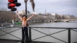 Nackt-Protest am Valentinstag