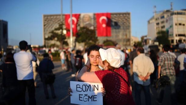 Doch keine Kaserne im Gezi-Park