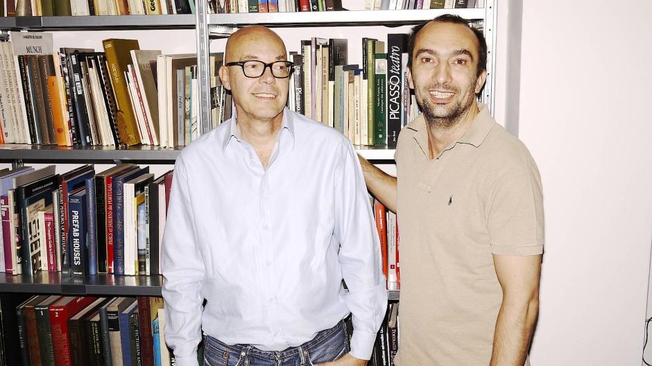 Die Unternehmer Daniele Bernini und Vladimir Trisic haben ein ehrgeiziges Ziel: Mit Kosmetik Reiselust beim Kunden entfachen.