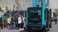 Kompakt: ein autonomer Kleinbus, wie er am Mainufer eingesetzt werden soll
