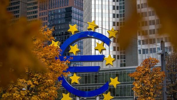 EU-Parlament will Elderson nicht