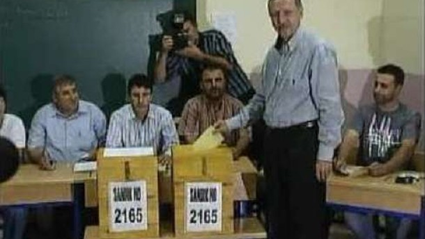 """AKP auf dem Weg zur """"Partei der Mitte"""""""