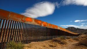 600 Firmen wollen Trumps Mauer bauen