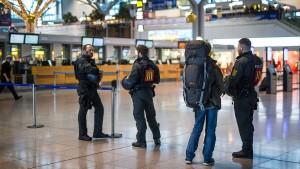 Polizei gibt Entwarnung nach Spähversuchen