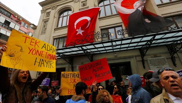 Erdogans Gegner suchen eine neue Strategie