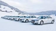 Wo bekommt man sonst so viele Promis zur Probefahrt wie in Davos?, fragen Audi Manager. Trotzdem hat der Konzern sein Budget für den Gipfel zusammengestrichen.