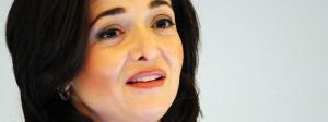 Die Geschäftsführerin von Facebook, Sheryl Sandberg, will im Kampf gegen Fake News auf die Hilfe Dritter zurückgreifen (Archivbild: 2013 in Hamburg).