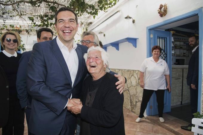 Stets am Lachen: Tsipras ist bemüht, frohe Botschaften über Griechenland zu verkünden.