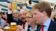 Seehofer und Merkel leben in Zwangsehe