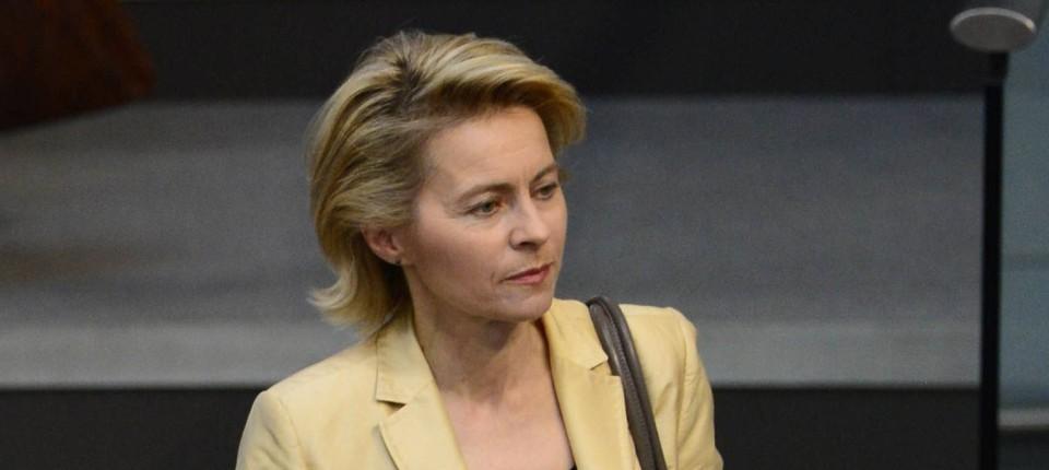 Neue Verteidigungsministerin Von Der Leyen Will Bundeswehr Zu
