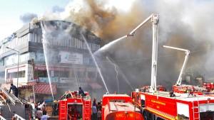 Mindestens 19 Studenten bei Brand in Indien gestorben