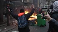 Schüler blockieren mehrere Gebäude in Paris