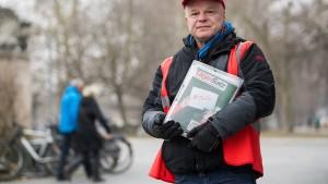 Den Straßenmagazinen gehen die Leser aus