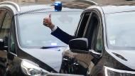 Macron am Sonntag nach der Stimmabgabe