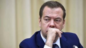 """Medwedew spricht von """"Handelskrieg"""""""