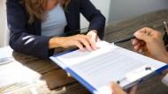 Über Vertragseinzelheiten wird regelmäßig verhandelt.