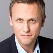 """Sven Astheimer - Portraitaufnahme für das Blaue Buch """"Die Redaktion stellt sich vor"""" der Frankfurter Allgemeinen Zeitung"""