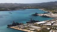 Der Tiefwasserhafen Apra Harbor ist Teil der amerikanischen Marinebasis Guam.