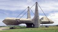 Ausstellungshalle oder Raumschiff? Das Centro de Exposições in Salvador, Brasilien.