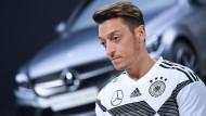 Mesut Özil kritisiert seinen Sponsor Mercedes-Benz, Bild aus dem Jahr 2017