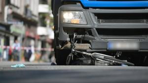 Abbiegeassistenten in Lastwagen sollen Leben retten