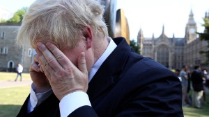 Boris Johnson fällt auf russische Komiker herein