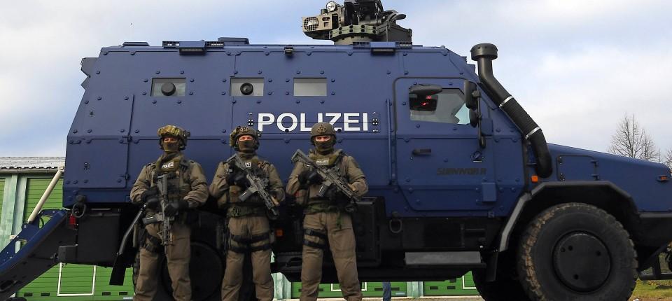 Sachsen Polizei Panzer