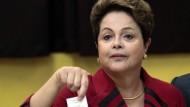 Amtsinhaberin Rousseff schneidet am besten ab
