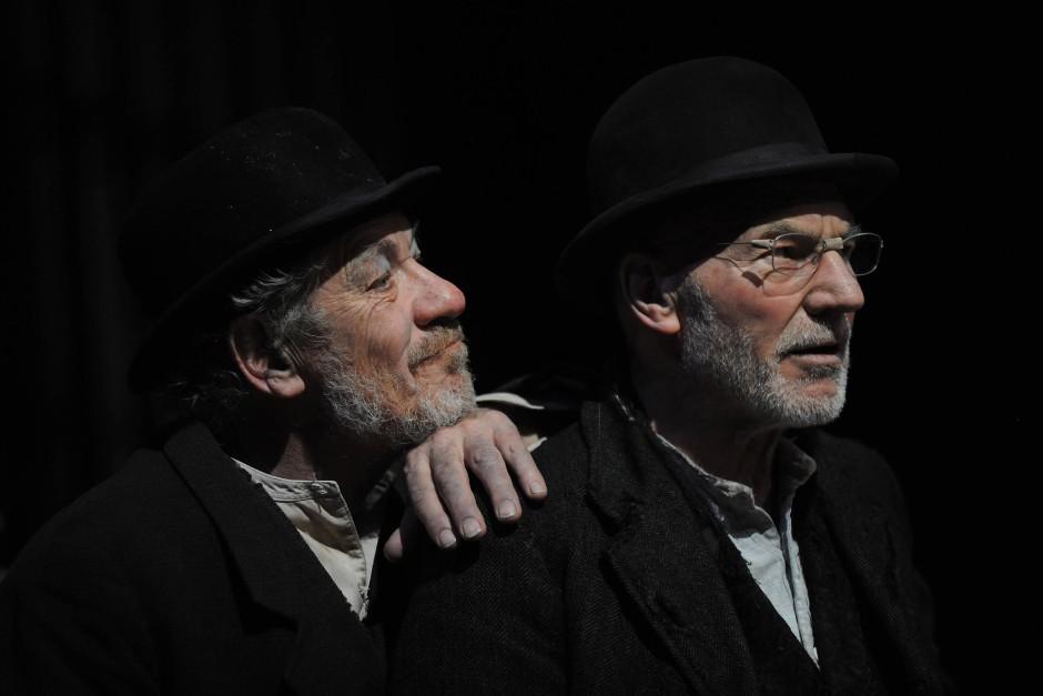 """Ian McKellen und Patrick Stewart 2009 in London in """"Warten auf Godot"""". Nicht im Bild: Godot"""