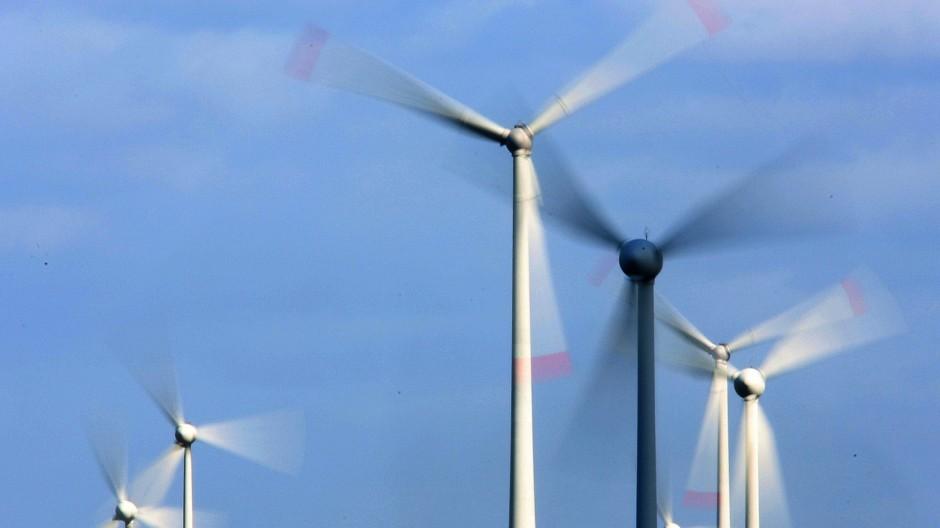 Windräder in Nieukerk in Nordrhein-Westfalen am 11. März