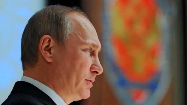 """Putin warnt Organisationen vor """"destruktiven Taten"""""""