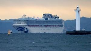 Zehn weitere Infizierte auf Kreuzfahrtschiff bestätigt