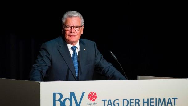 Gauck mahnt zu Geduld bei Integration von Flüchtlingen