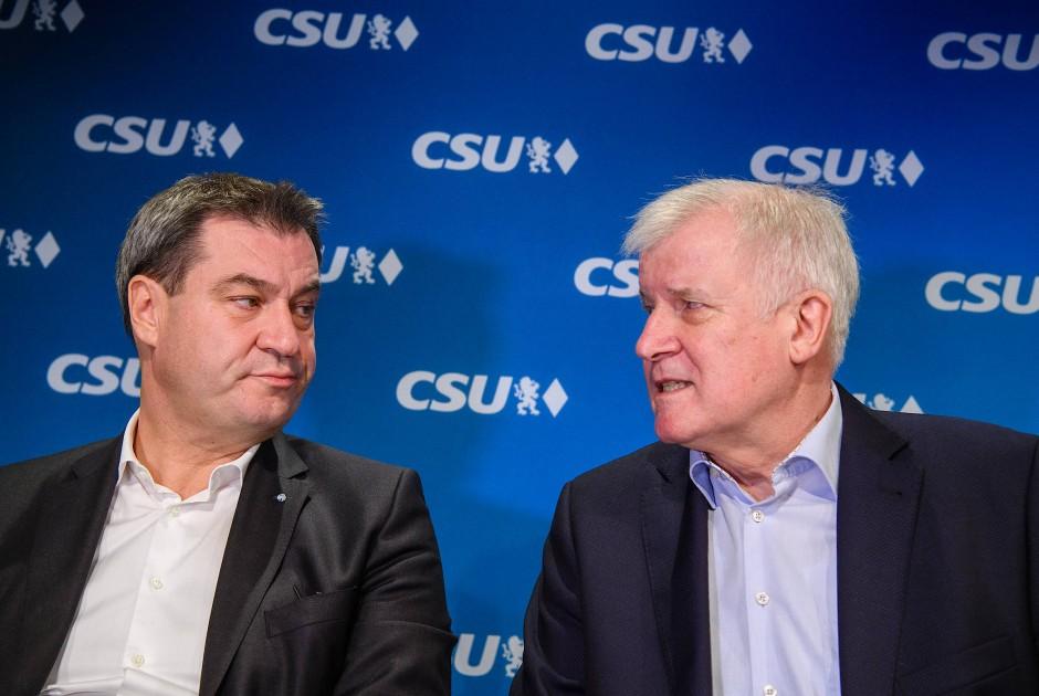 Lange Zeit Rivalen: Markus Söder (CSU, l.), Ministerpräsident von Bayern, und Horst Seehofer (CSU), Vorsitzender der CSU und Bundesinnenminister