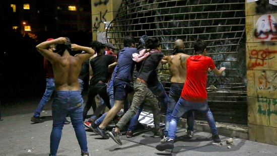 Unruhen und Straßenschlachten im Libanon