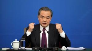 """China warnt vor """"Frontalzusammenstoß"""""""