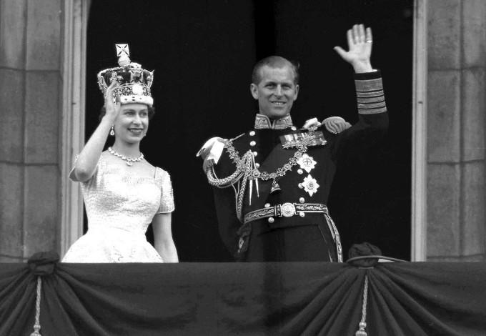 Die Queen Und Ihr Traumprinz 70 Jahre Ehe Ohne Skandale