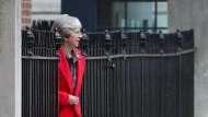 Die britische Premierministerin Theresa May kämpft um den Brexit-Deal  – und um ihre politische Zukunft.