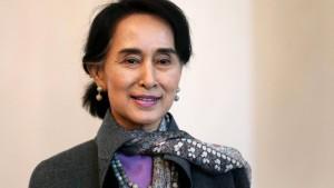 Aung San Suu Kyi muss in Haft bleiben