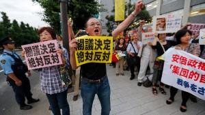 Abes Abkehr vom Pazifismus