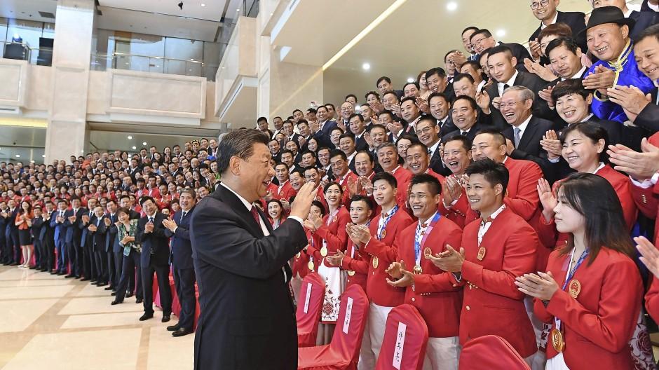 Der Staatschef und der Sport: Präsident Xi Jinping eröffnete die Nationalen Spiele.