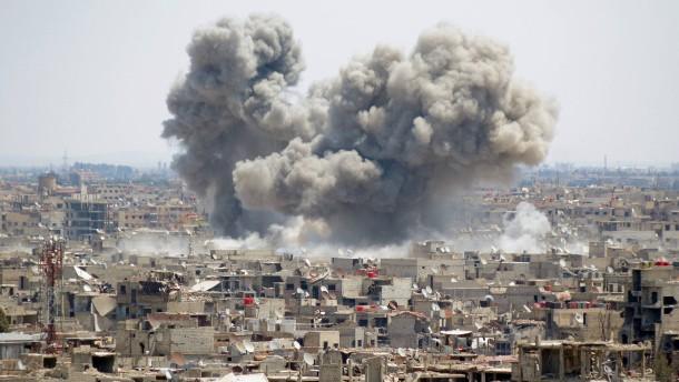Beobachtungsstelle: 26 Kämpfer bei Angriffen in Syrien getötet