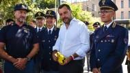 Salvini in seinem Element: Er versteht es, sich im ganzen Land als Mann des Volkes zu präsentieren.