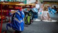 Am letzten Tag vor den Sommerferien wurden die Kinder von Sommerfeld und Lethen aus ihrer Klasse verwiesen.
