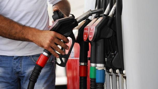 Benzin, Strom, Inflation: Bringt die Ampel endgültig den Preisschock?