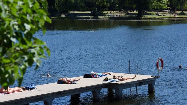 Grillen verboten, Schwimmen erwünscht